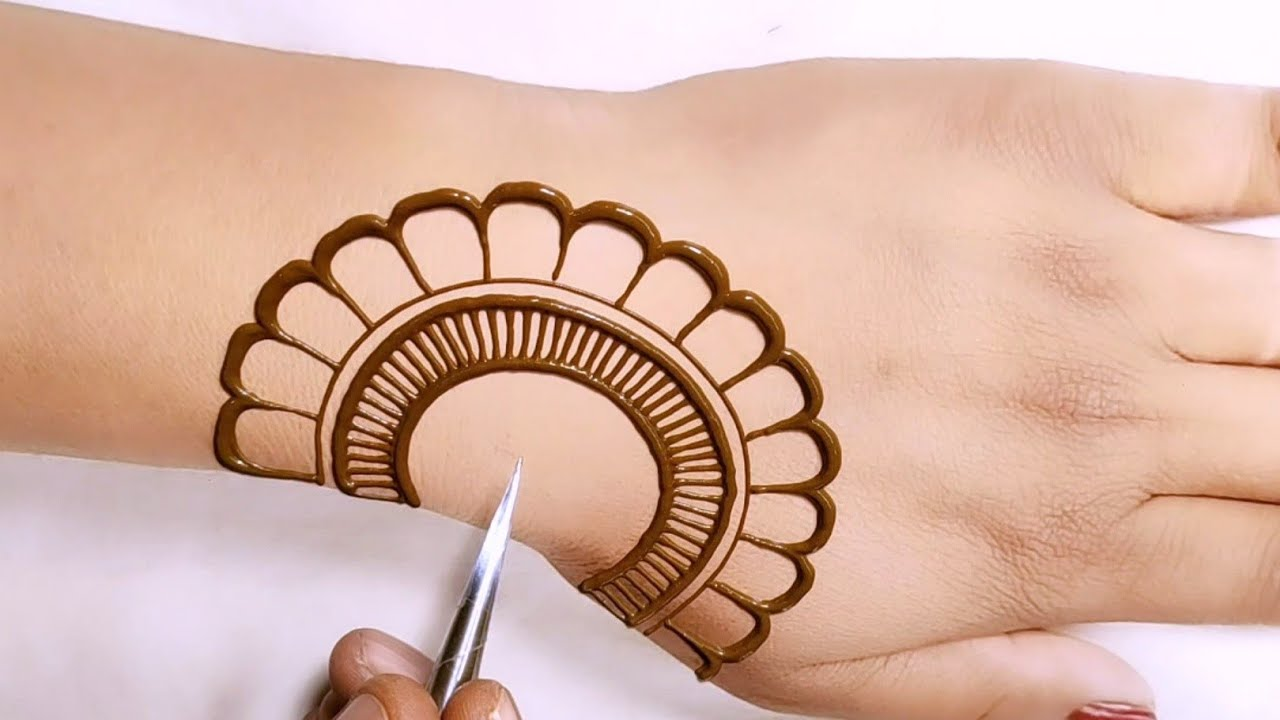 Download easy back hand flower mehndi design  wedding and festival special mehndi  back hand Arabic mehndi
