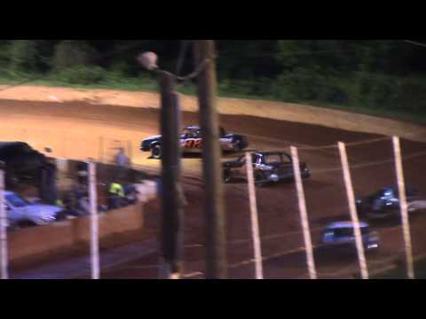 Winder Barrow Speedway Stock Eight Cylinders Feature Race 5/9/15