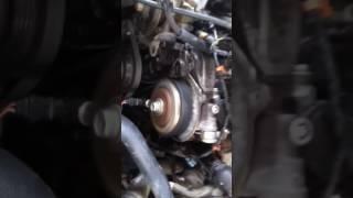 Что может так стучать в двигателе