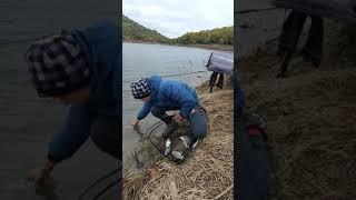 Рыбалка на Партизанском водохранилище 2021 год Отпускаем улов