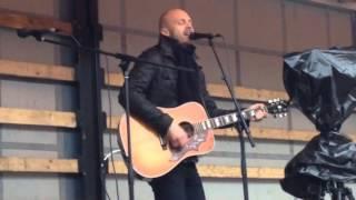 Juha Tapio: Ohikiitävää //LIVE//