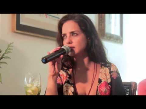 JOANA LIMAVERDE - BEIJOS SEM de ADRIANA CALCANHOTO