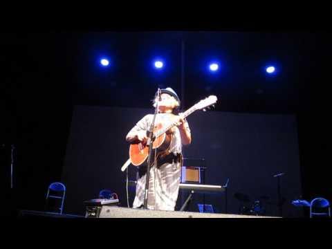 Amy Wadge - One Last Dance