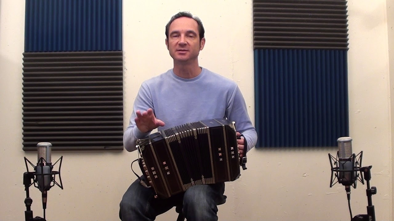About Bach Supplementary material - Don Benito bandoneon method