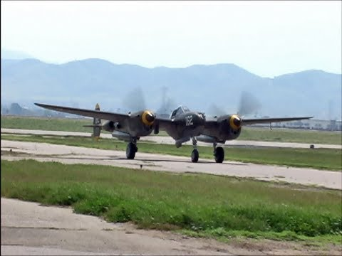 Smooth, Sweet Sounds of the Allison V-1710 Engines on the Lockheed P-38 Lightning !