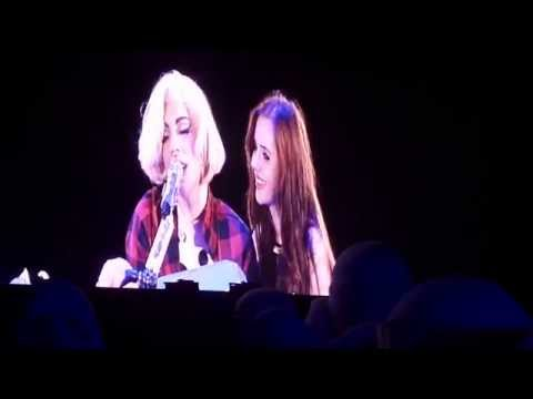 Lady Gaga invites fan on stage and sings with her 6.11.14 Born this way