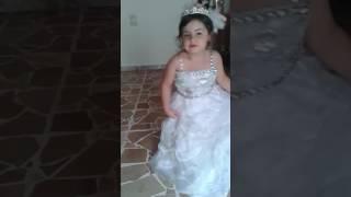 عروسة صغيرة