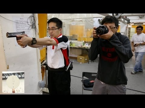 Canon vs Nikon Kit Lens vs IPSC - AF Test