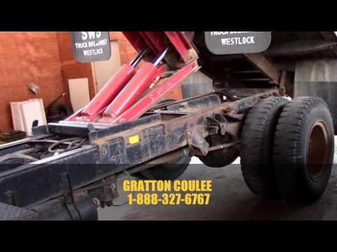 1981 GMC BRIGADIER GRAIN TRUCK