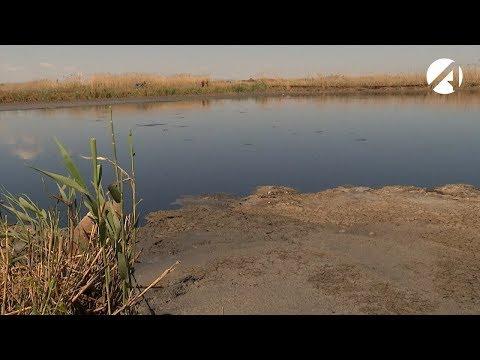 В районе астраханского аэропорта разлилось море нечистот