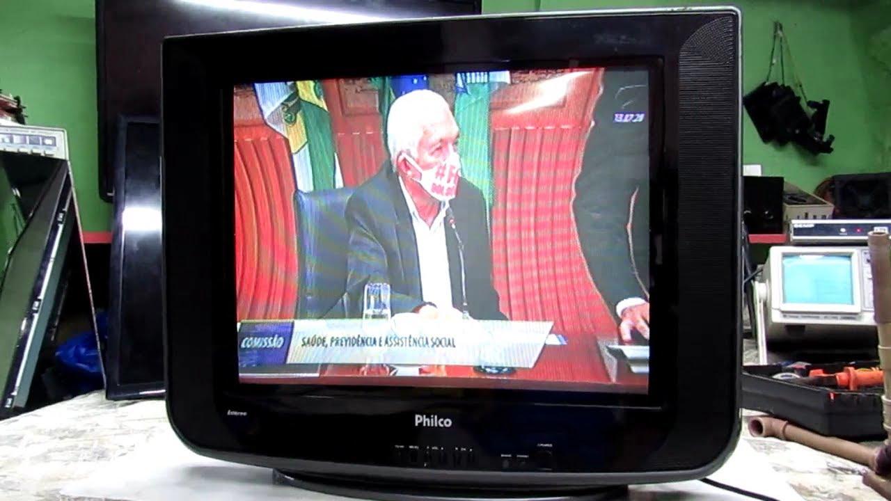 TV PHILCO 21 M SS Com efeito almofada  imagem curvada nos lados  322#