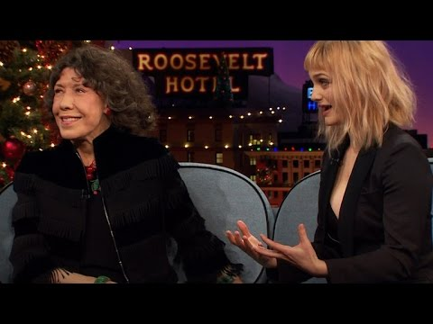 Lily Tomlin & Alison Sudol Trade Restaurant Tales