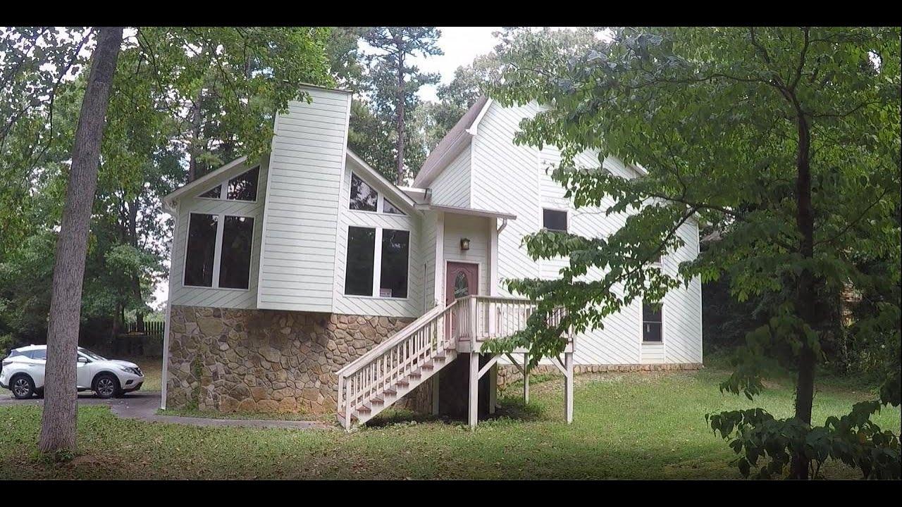 903 Georgetown Ct, Woodstock, GA 30189