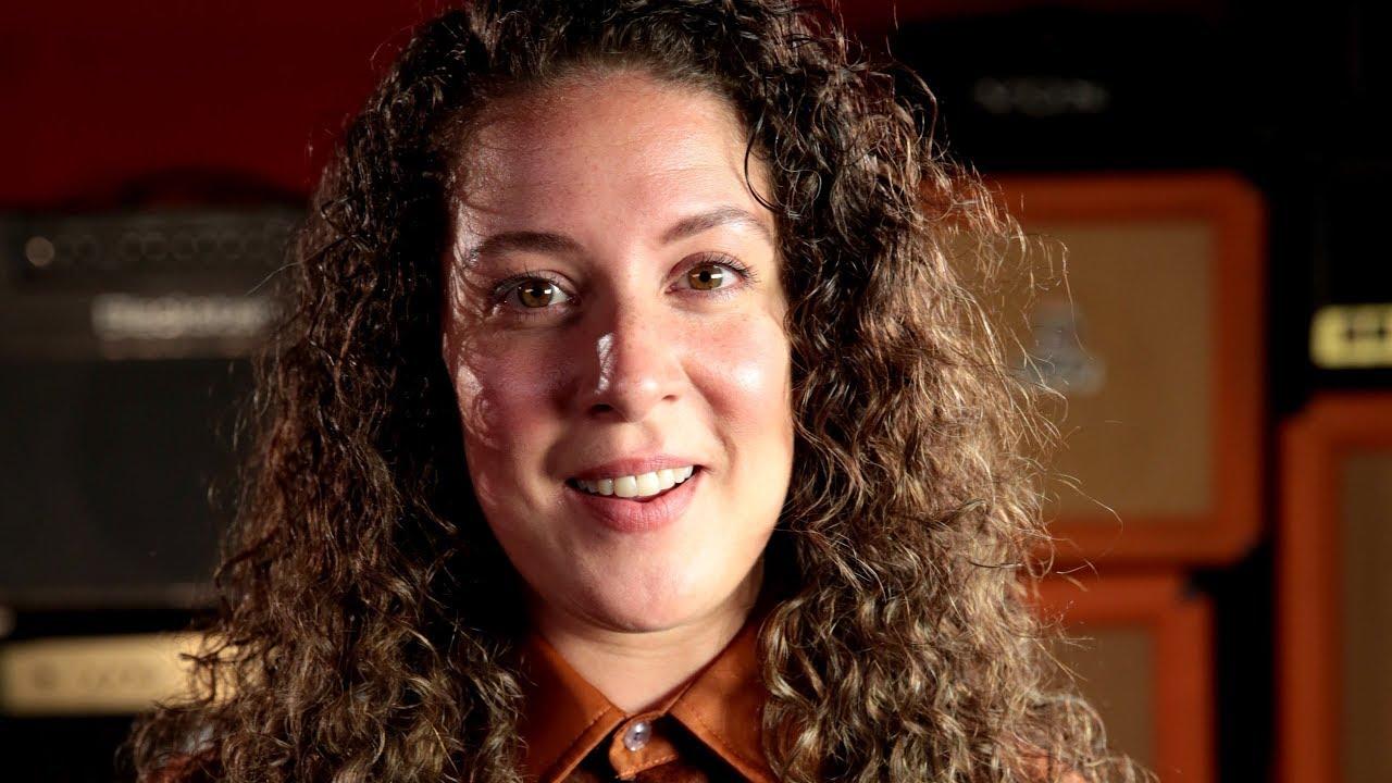 Natalie Casey (born 1980)