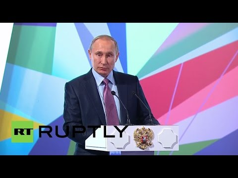 Russia: Putin speaks on role of internet in the economy at Internet Forum in Moscow