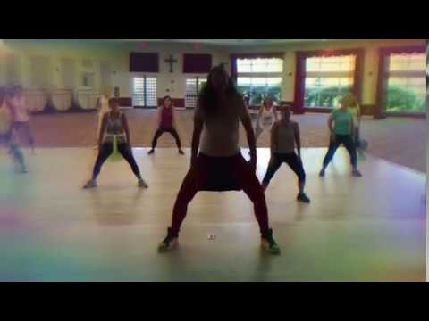 Zumba Fitness Stretch/Cool Down I don't wanna to live forever by: Zayn & Taylor Swift