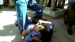 إعتداء على مواطن جزائري من طرف شرطة عنابة بشكل هيستيري