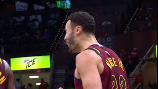 Larry Nance disagrees with the call