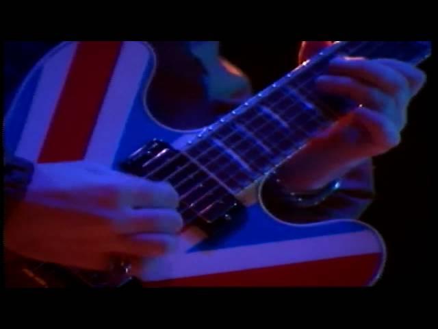 """""""Tú y yo viviremos para siempre"""". Nuestro homenaje a las víctimas de Manchester, con Oasis"""