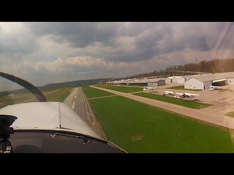 Crazy busy - Uncontrolled VFR Departure - Simultaneous Runways - POV Flying