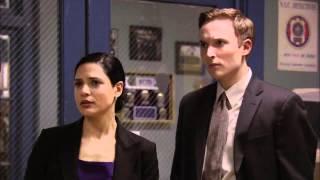 """Kat Foster in """"The Unusuals"""" 1x08 Part 2"""