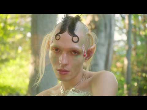 Смотреть клип Brooke Candy - Nymph