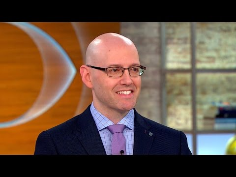 Brad Meltzer launching new series of thriller novels - YouTube