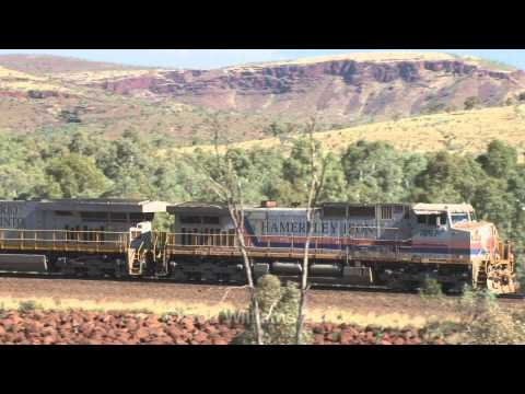 GE power in The Pilbara : Rio iron ore trains : Australian trains and railroads