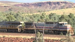 GE power in The Pilbara : Rio iron ore trains : Australian trains and railroads