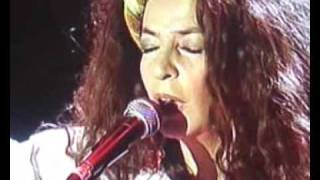 """Teresa De Sio sings """"AH.. l"""