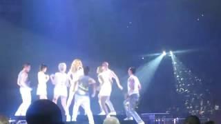 Celine Dion - River Deep, Mountain High (Live In  Glendale, Arizona 2008)