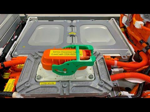 2011 Nissan LEAF Battery - Deep Dive