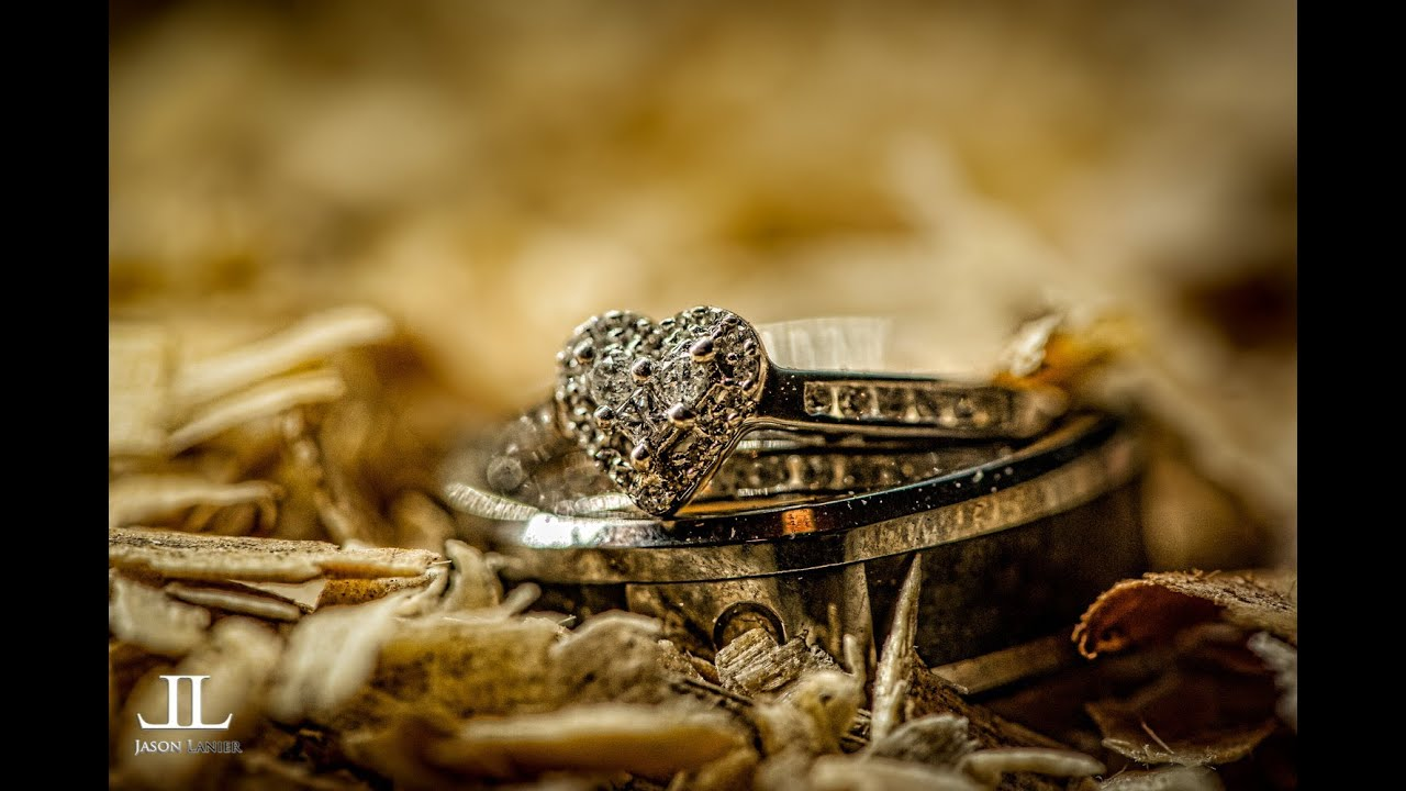 Wedding Ring Shots with video Rotolight with macro lens by