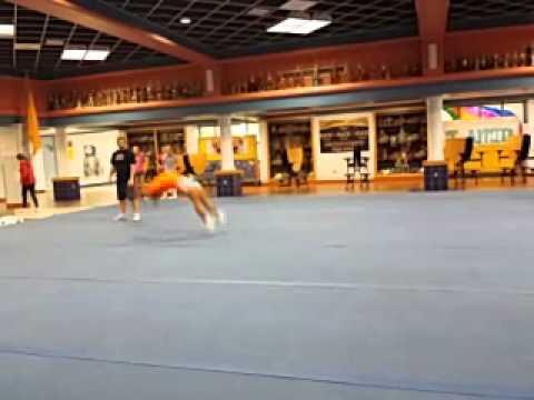 Elizabethtown High School Cheerleader