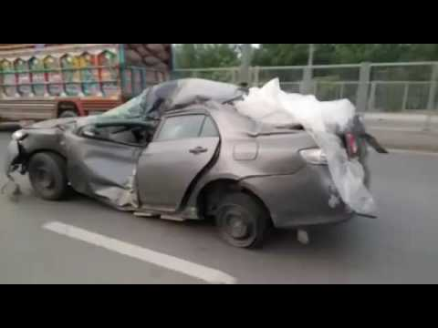 how to drive a heavily damaged car youtube. Black Bedroom Furniture Sets. Home Design Ideas