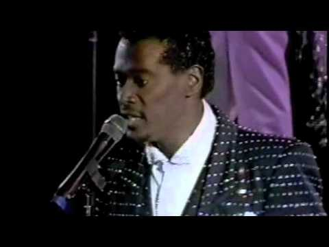 Luther Vandross- Wait For Love (LIVE!!!!)