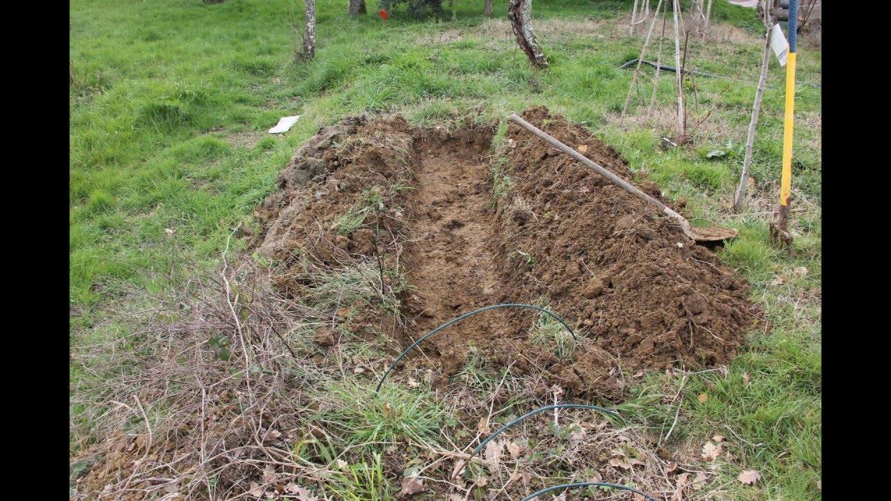 Permaculture 1 pr paration de la butte de permaculture for Creer une butte permaculture