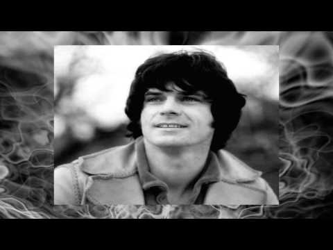 Клип B.J. Thomas - Smoke Gets In Your Eyes