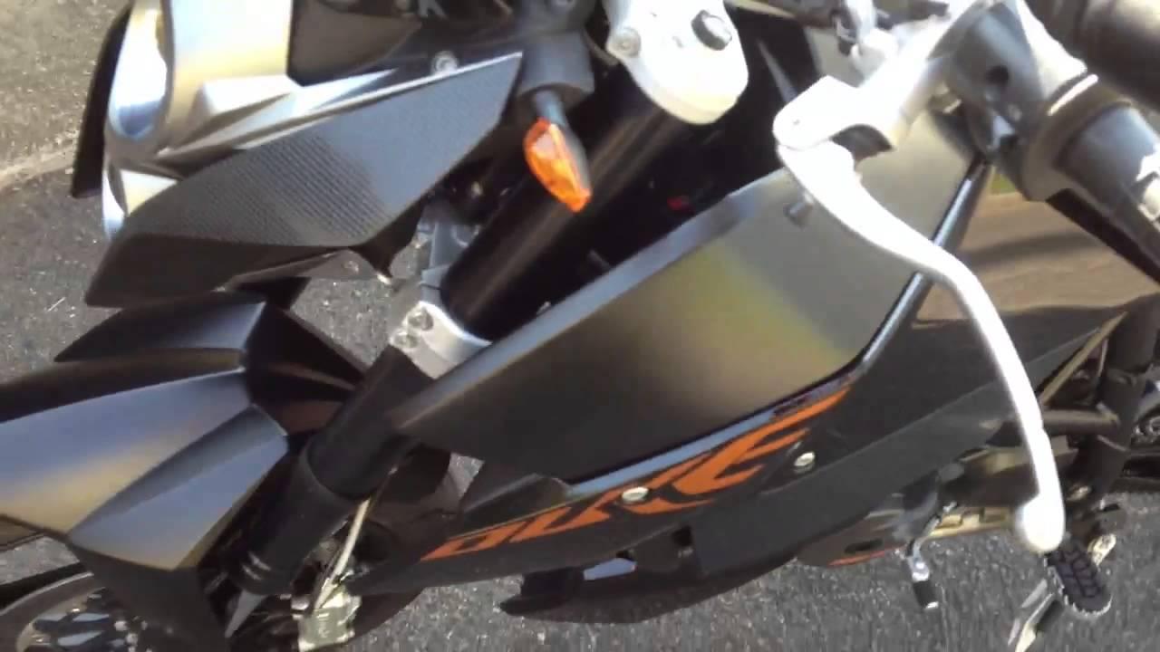 KTM Duke 690 2009 - YouTube