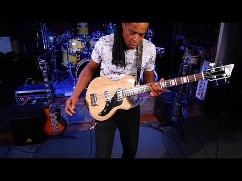 Doug Wimbish bass effects demo with the Supro Huntington II Bass