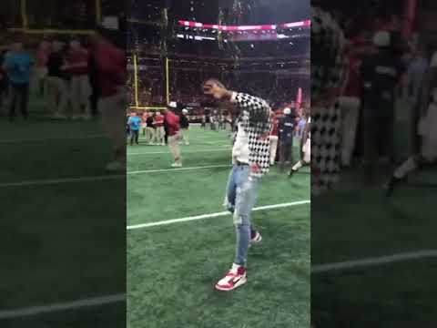 Trent Richardson celebrates after Alabama wins the National Championship in Atlanta