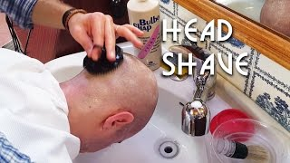 💈 Italian Barber - Head Shave and shampoo with a special sponge - ASMR no talking