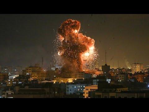 Israel bombardeia televisão do Hamas