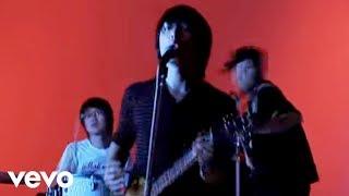 2005年9月7日リリース、6thシングル。 監督:山口保幸。2ndアルバム「FA...