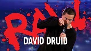 Gömma sig bakom gardinen - David Druid | RAW COMEDY