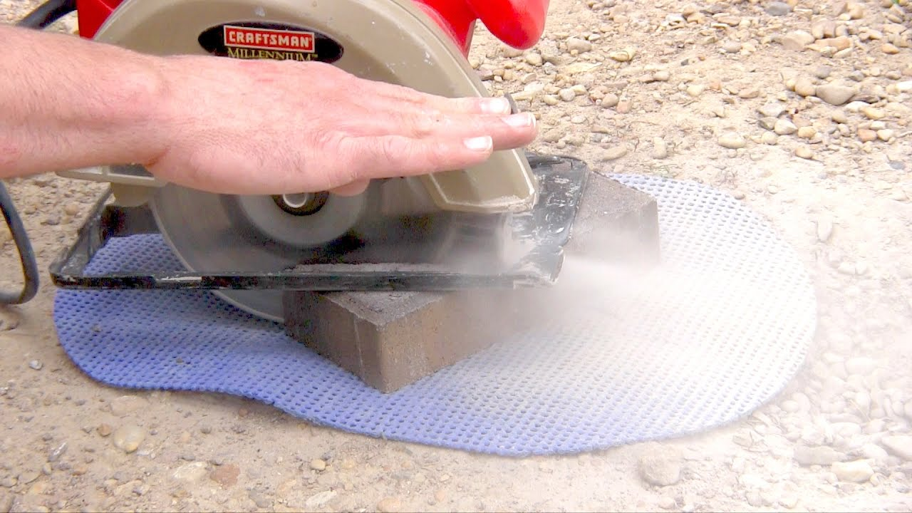 How to cut bricks with a Circular Saw / Skil Saw Dry Cut Pavers - How To Cut Bricks With A Circular Saw / Skil Saw Dry Cut Pavers