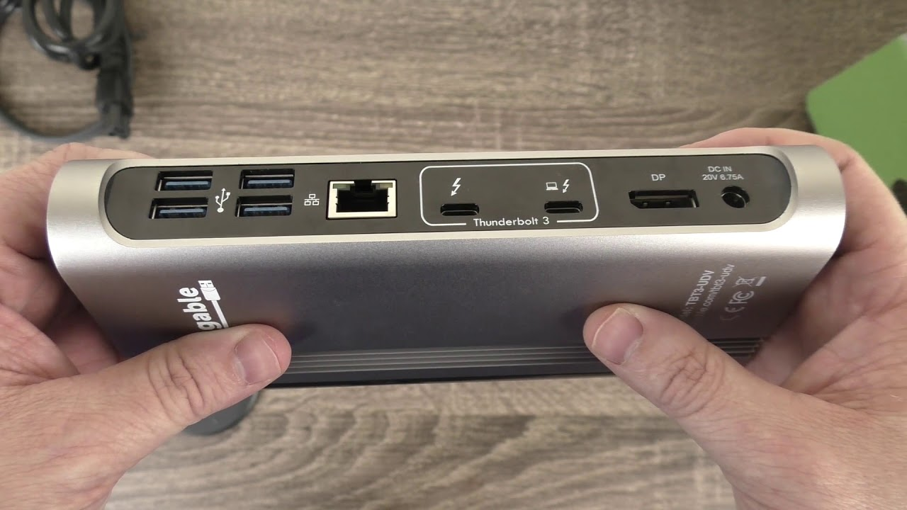Plugable TBT3-UDV Thunderbolt™ 3 Dock with Host Charging