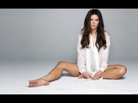 Actresses with Sexiest Feet