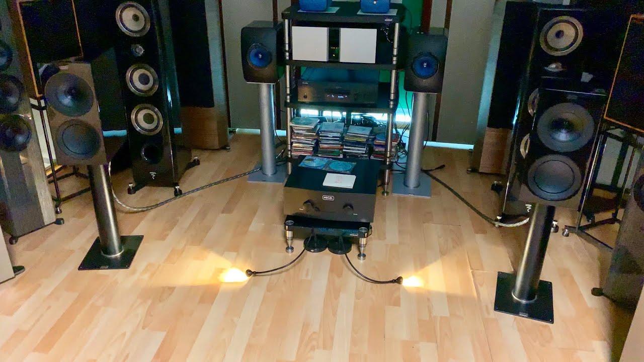 New KEF R3: Sturdy, musical Bookshelf Speakers! (4K60fps)