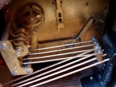 Vintage Old  Key Wind UP  Westminster striking  Mantle Clock  / Mantel Clock